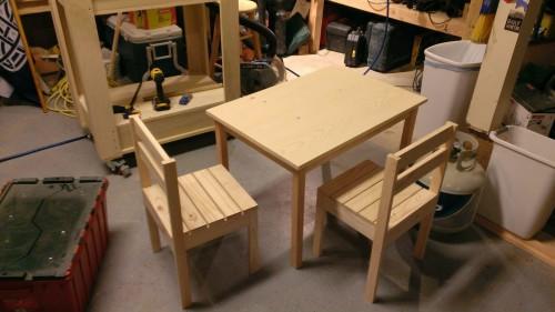 tableandchairs1